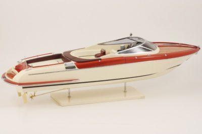 Модель Riva Maquette Aquariva 84