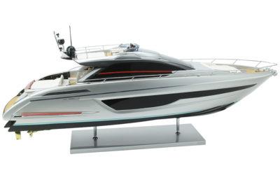 Модель яхты Riva Ribelle